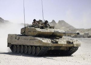 Krauss-Maffei Wegman Leopard 2A7+ MBT (at IDEX 2011) Image courtesy armyrecognition.com