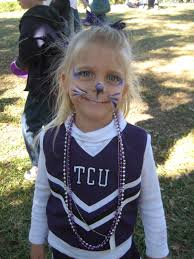 Horned Frog-ette, dressed to cheer.