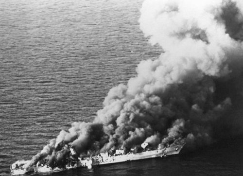 Sabalan's sister ship, the frigate Shahand, after an encounter with the US Navy in April 1988. Sabalan was hit the same day with a 500-lb Mk82 LGB from a Navy A-6 Intruder. Disabled and on fire, she was towed to port and eventually repaired. Sahand sank in the Persian Gulf.