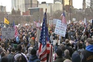 Rally for gun rights at the Connecticut state capitol, Jan 2013. (NBC)