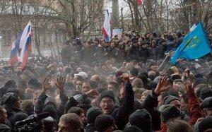 Everything's going Putin's way in Simferopol, Crimea. (Image credit: UK Telegraph, David Rose)