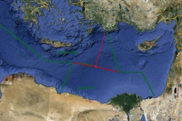 """Greek view of notional EEZ boundaries in Eastern Med in green.  Red track depicts area of Russian flight ops thought to endorse """"maximum EEZ"""" for Greece. (Graphic from defencenet.gr via Alithiafm.gr)"""