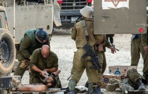 IDF treats wounded on 20 July.  (Image: AFP, Jack Guez)