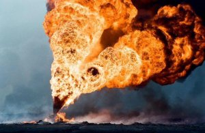 Burn, baby, burn. Oil field sabotage by ISIS near Tikrit, Mar 2015. (Image via Twitter)