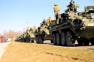 Stryker convoy at the border of Lithuania and Poland, 26 Mar 2015. (Image: U.S. Army Europe via Facebook)